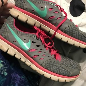 Shoes - Nike flex 2013 run